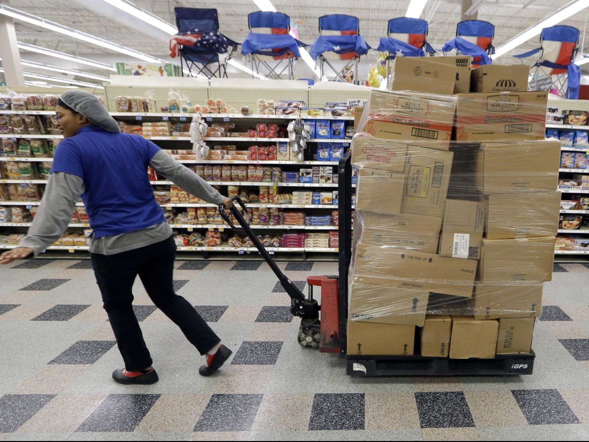 Kroger is writing the playbook for the grocery store industry.
