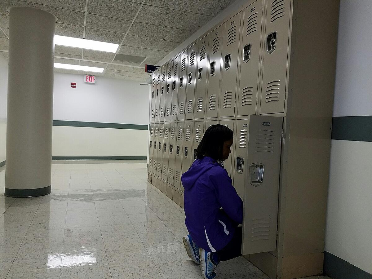 LLCC Bookstore Offers Locker Rental to Students