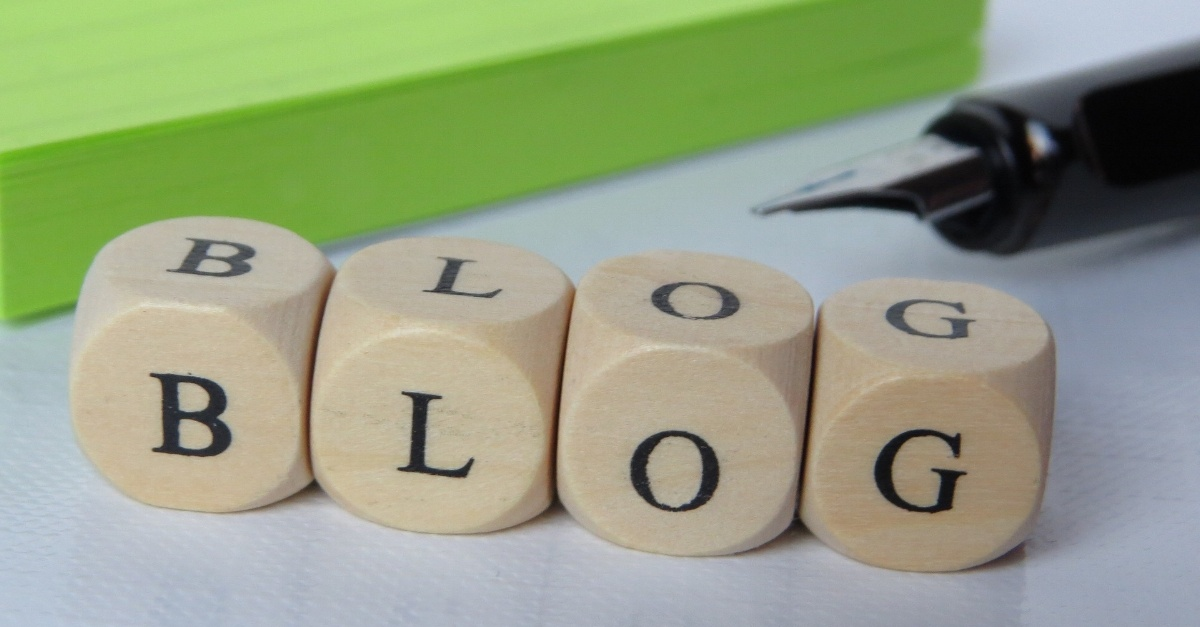 Blogging Benefits for College Stores