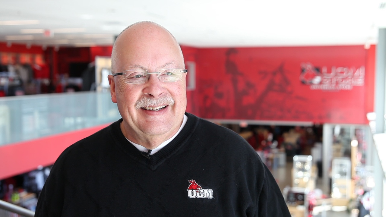 UCM University Store Wins New Student Hearts With Orientation