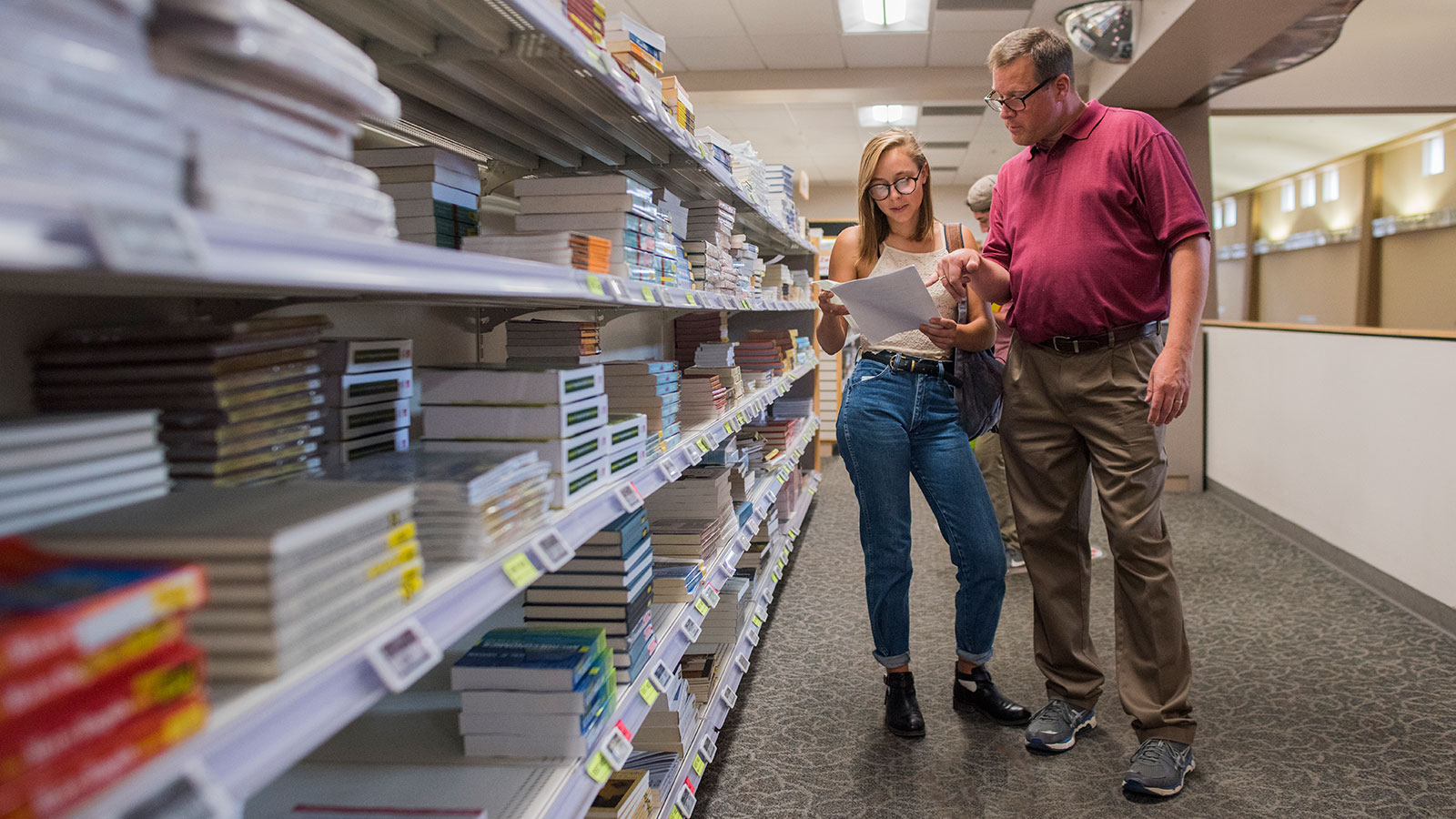 UNM Bookstore Ditches Traditional Margins, Adds Price Comparison and Sees Big Boost in Unit Sales